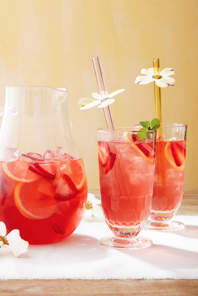 "<p>Including these ""stem straws"" on your Easter table isn't just a fun way to enhance your guests' drinking experience. It also heightens the overall look over your tablescape.</p><p><strong>To make:</strong> Cut dogwood-shaped flowers from <a href=""https://www.amazon.com/s?k=watercolor+paper+pad&i=office-products&ref=nb_sb_noss&tag=syn-yahoo-20&ascsubtag=%5Bartid%7C10050.g.1652%5Bsrc%7Cyahoo-us"" rel=""nofollow noopener"" target=""_blank"" data-ylk=""slk:watercolor paper"" class=""link rapid-noclick-resp"">watercolor paper</a>, then decorate the edges with watercolor pens. Punch a single hole in the center of the flower and slip the straw through the hole.</p><p><a class=""link rapid-noclick-resp"" href=""https://www.amazon.com/UBRU-Watercolor-Painting-Non-Toxic-Calligraphy/dp/B0837LHD8V?tag=syn-yahoo-20&ascsubtag=%5Bartid%7C10050.g.1652%5Bsrc%7Cyahoo-us"" rel=""nofollow noopener"" target=""_blank"" data-ylk=""slk:SHOP WATERCOLOR PENS"">SHOP WATERCOLOR PENS</a></p>"