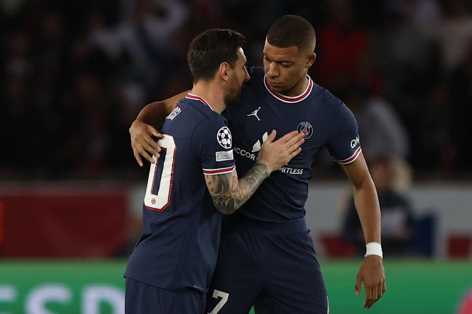 Lionel Messi and Kylian Mbappe during the UEFA Champions League, Group A football match between Paris Saint-Germain and Manchester City on September 28, 2021 at Parc des Princes stadium in Paris, France. (Photo by Mehdi Taamallah/NurPhoto via Getty Images)