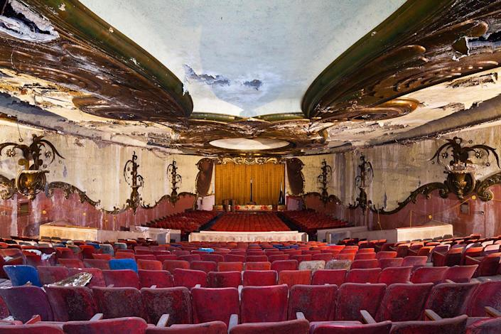 <p>The photographer struggles to pick his favorite; he says he has captured more than 100 images of decaying theaters. (Photo: Matt Lambros/Caters News) </p>