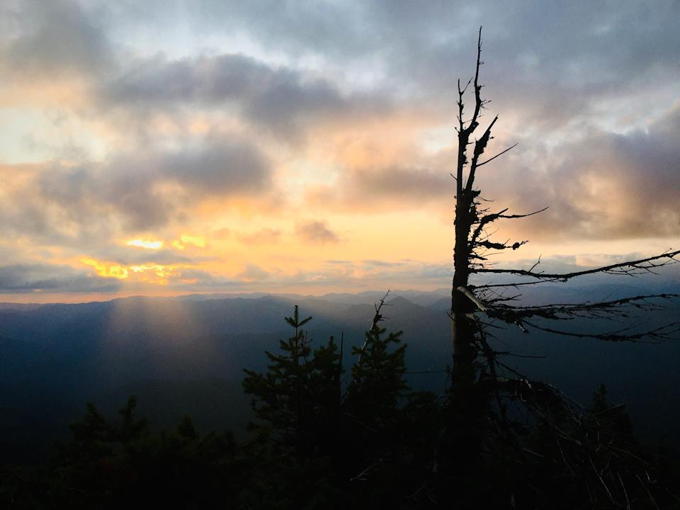 Sunset from Middle Pyramid on the Old Cascades Loop.