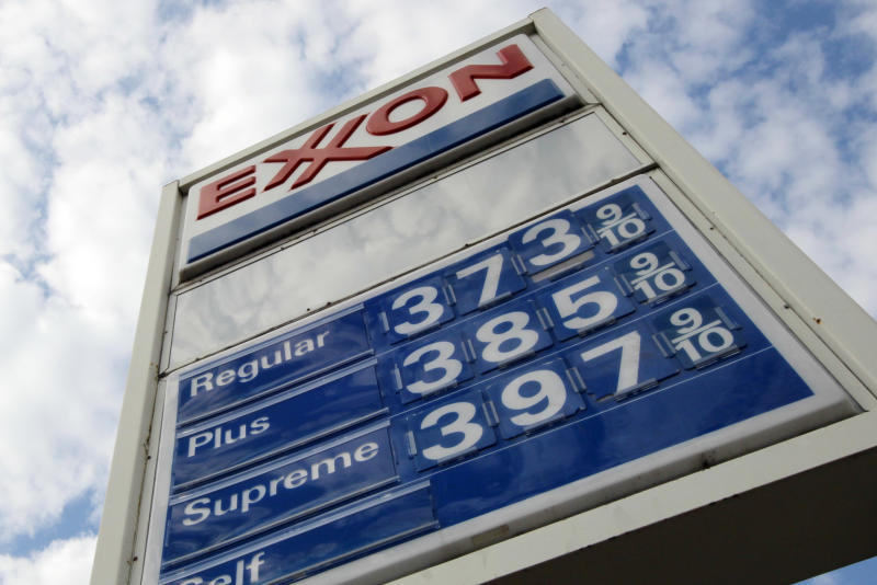 Gas hits $3.72 per gallon, up 30 cents in month