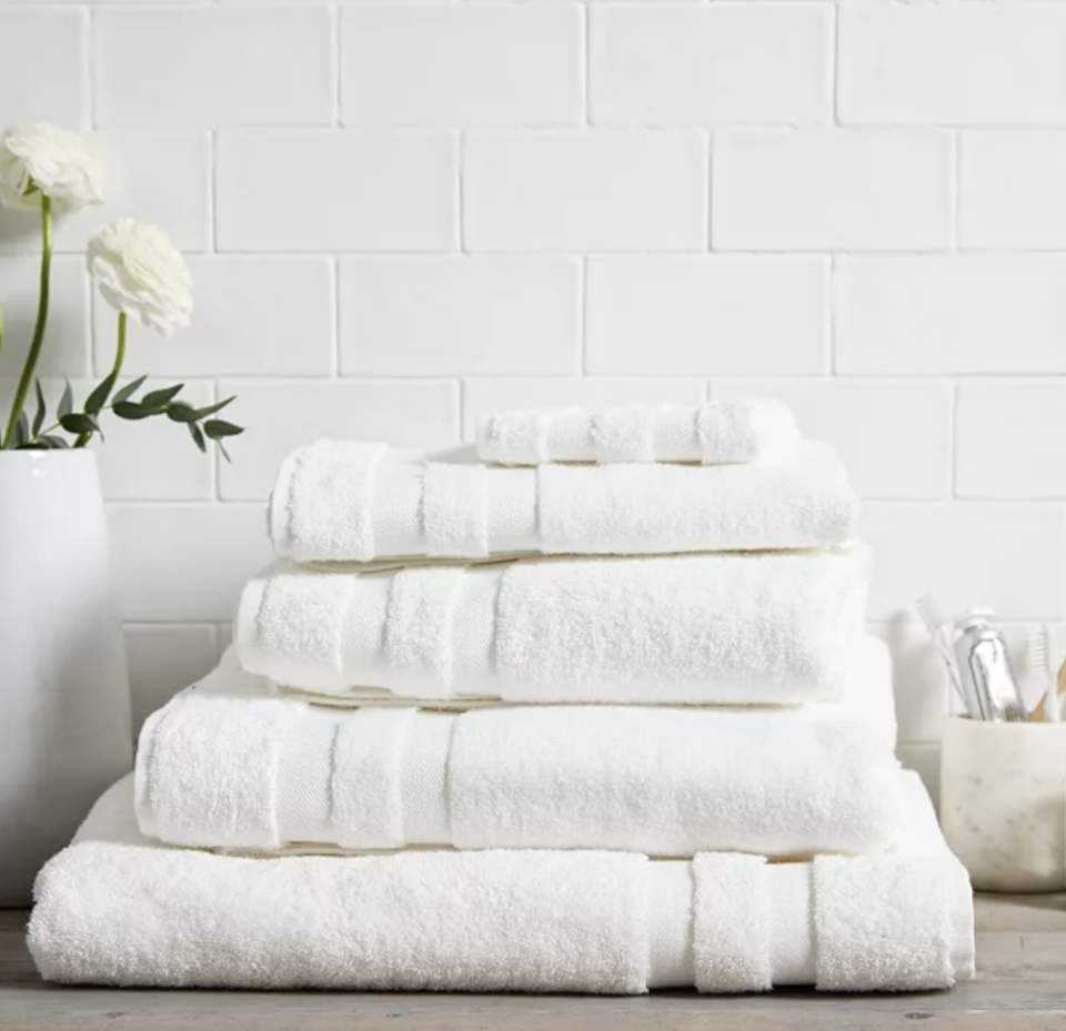 Classic Double Border Towels (The White Company)