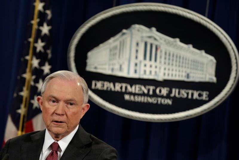 0302_Jeff_Sessions_recuse_01