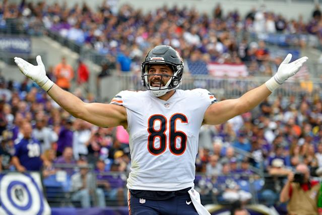 Chicago Bears tight end Zach Miller retired less than two years after a terrible leg injury. (AP)