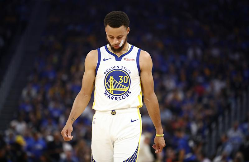Kerr left reeling after Curry breaks hand in Warriors defeat