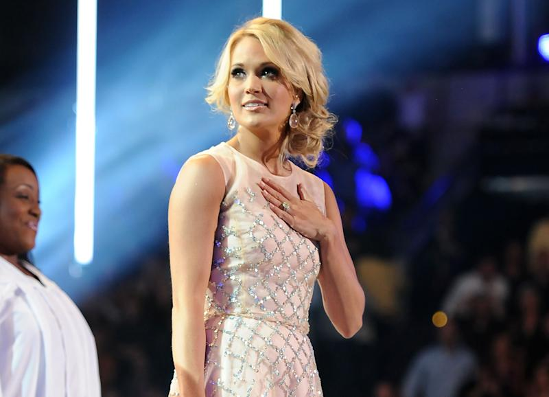 Carrie Underwood gets political on Twitter