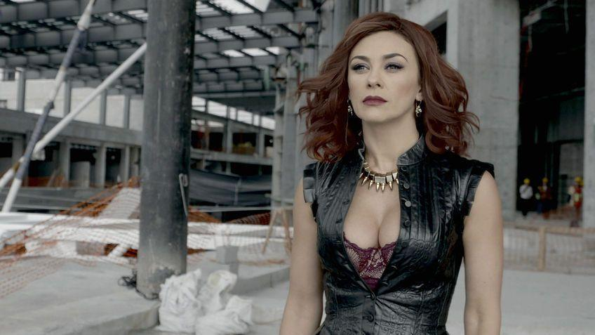 """<p>If seeing women blinged out in tiaras and wielding pistols is your thing, then watch all 120 episodes of <em>La Doña</em>. Altagracia Sandoval (Aracely Arámbula) became the cold, ruthless woman she is today because of terribly traumatic events. She's still seeking revenge against the people who hardened her—and in the show, she'll get her chance. Fans of Netflix's <em>Élite </em>will instantly recognize Danna Paola (a.k.a Lu) in this show. She plays Altagracia's daughter, Mónica. </p><p><a class=""""link rapid-noclick-resp"""" href=""""https://www.netflix.com/watch/80160504?source=35"""" rel=""""nofollow noopener"""" target=""""_blank"""" data-ylk=""""slk:Watch Now"""">Watch Now</a></p>"""