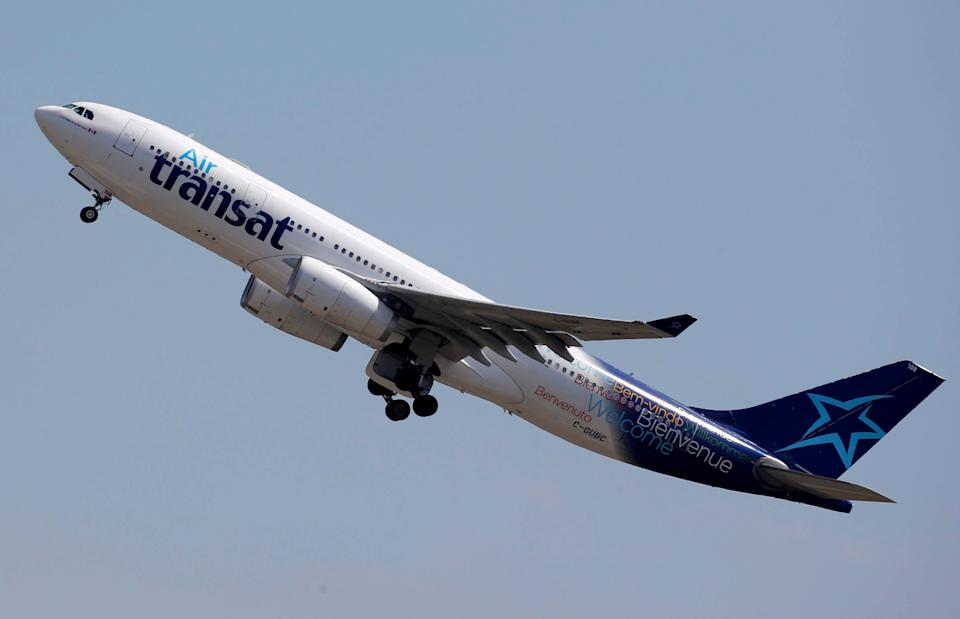 An Airbus A330-200 aircraft of Air Transat airlines takes off in Colomiers near Toulouse, France, July 10, 2018. REUTERS/Regis Duvignau