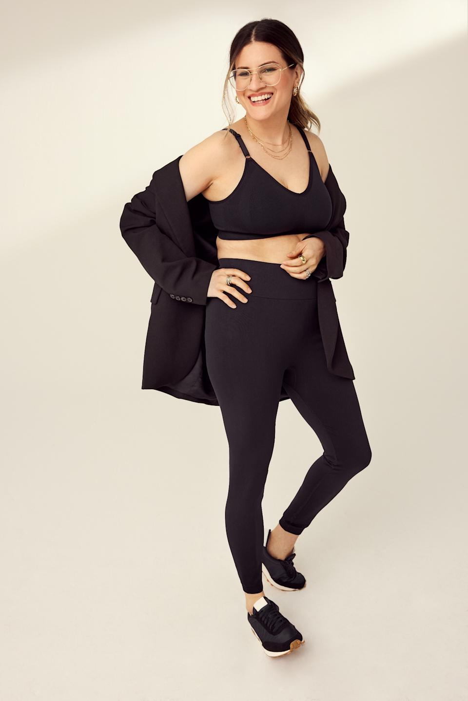 The Good to Go Seamless Bra and Leggings from Knix in Black.