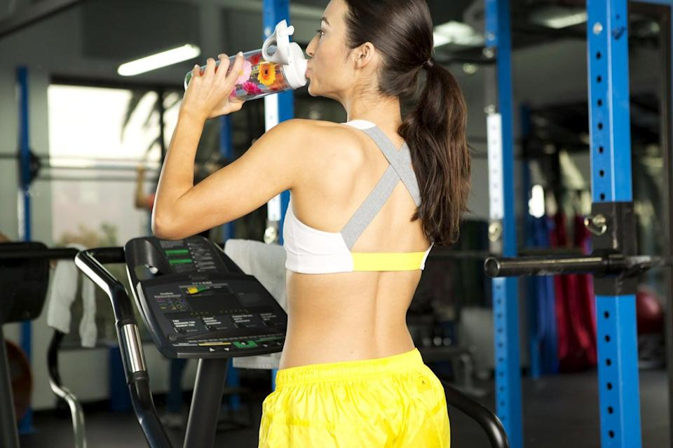 """<p>Aside from keeping you hydrated, regular water consumption, recent studies show, can aid with weight loss. <a href=""""http://www.cnn.com/2010/HEALTH/08/23/drink.water.lose.weight/index.html"""" class=""""link rapid-noclick-resp"""" rel=""""nofollow noopener"""" target=""""_blank"""" data-ylk=""""slk:Filling up on water before a meal helps encourage portion control"""">Filling up on water before a meal helps encourage portion control</a>, and simply eating foods that contain a lot of water (like fruits and veggies) will fill you up faster, causing you to eat less. Now <em>that</em>'s a reason to stay hydrated! </p>"""