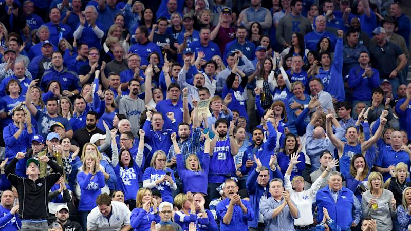 Referee John Higgins met with police after Kentucky fans' harassment, per report