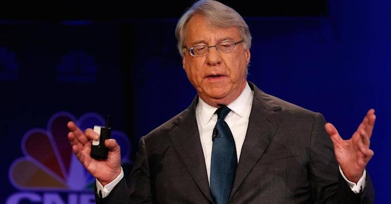 Jim Chanos, known for his Enron takedown, fires off tons of new stocks that he's betting against