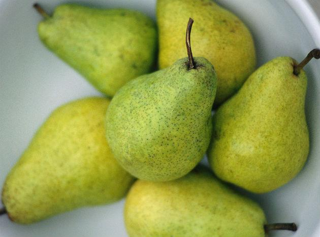 <b>Pears:</b> Rich in potassium and loaded with fibre, a pear is also low in carbohydrates! Add them in your fruit bowl or mix it up with spinach to get an instant fix for your hunger pangs. Despite the fact that fruits and vegetables are good for you, there's no denying the fact that some of them contain sugar and carbohydrates, albeit in small amounts. So keep your portions small and do check with your nutritionist before any major diet changes.