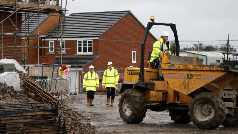 Fire barriers missing from Persimmon homes pose 'intolerable risk' – report