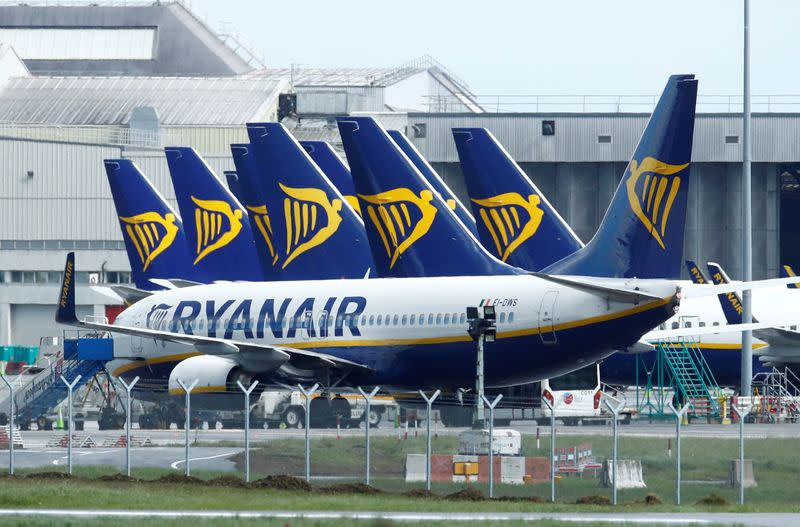 Ryanair boosts balance sheet with 400 million euro share placement