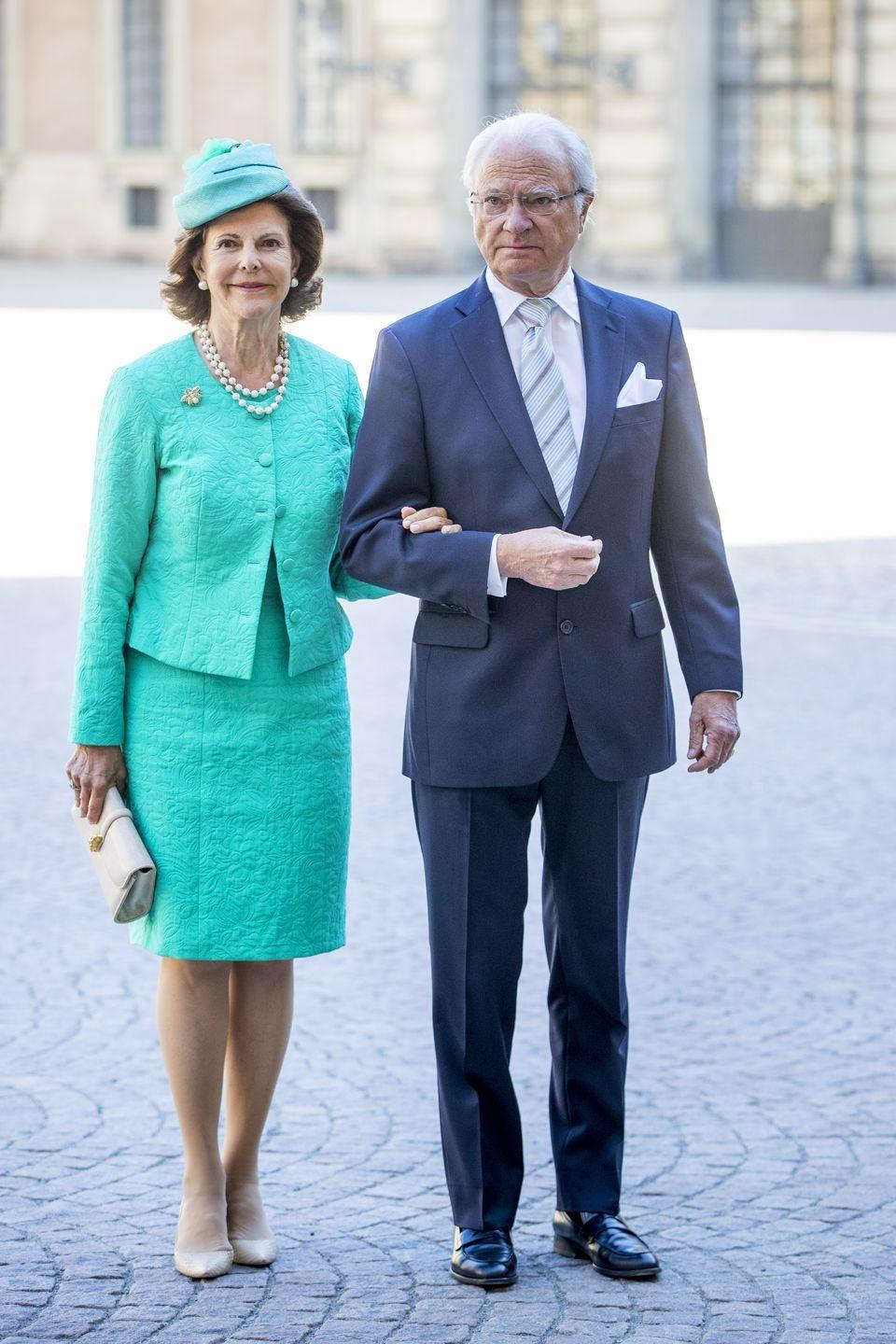 <p>King Carl XVI Gustaf of Sweden married Sommerlath (a trained interpreter who speaks SIX languages) in 1976 after meeting at the 1972 Summer Olympics in Germany. </p>