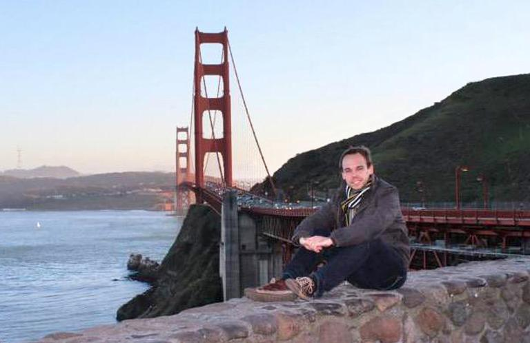 Andreas Lubitz, copiloto do A320 da Germanwings que caiu nos Alpes franceses, em foto que circula peça internet
