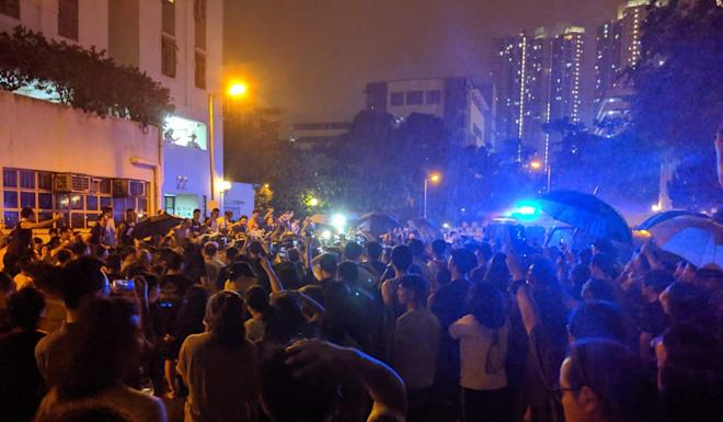 Residents were among those descending on a property management office in Kowloon Bay over the weekend, angry over controversial access changes, which were made while anti-government protests raged in the area. Photo: Facebook