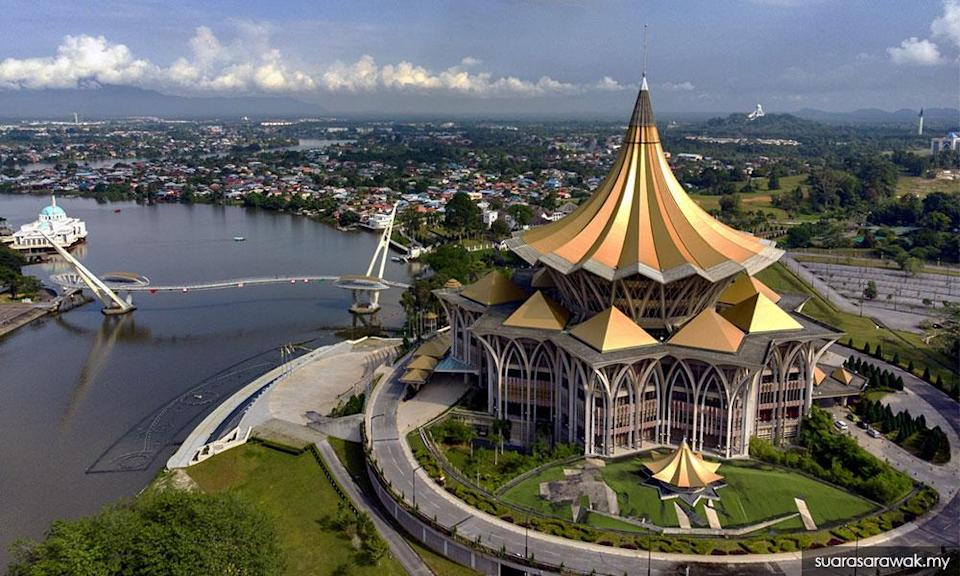S'wak seeks to dissolve state assembly, at Agong's discretion