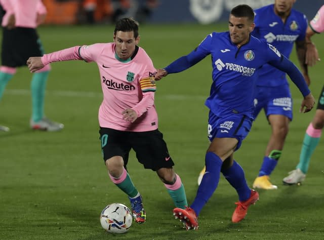 Lionel Messi could not help Barcelona avoid a surprise defeat at Getafe
