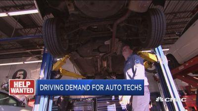 Here's why 46,000 auto repair technicians will be needed by