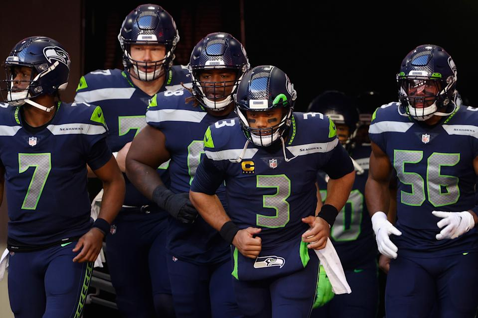 Quarterback Russell Wilson and the Seahawks are favored to beat the Rams. (Photo by Christian Petersen/Getty Images)