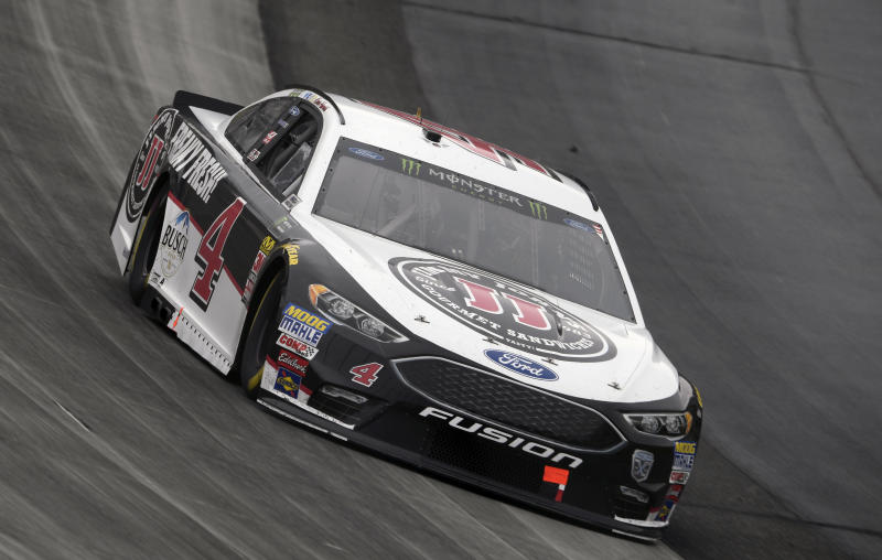 Kevin Harvick cruises to fourth win of 2018 at Dover