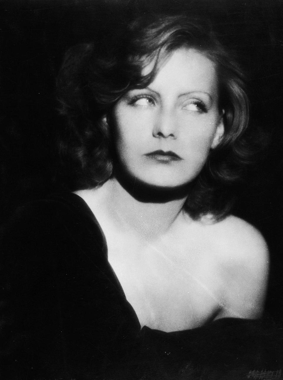 <p>Ruth Harriet Louise took this glamorous photo of actress Greta Garbo (and her iconic eyebrows) in 1926. </p>