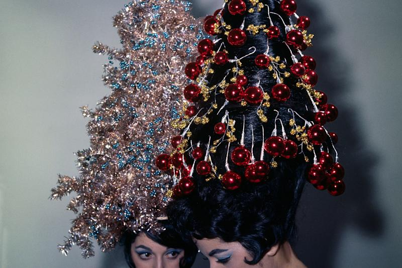 This Teen Wore Her Hair Styled Like a Christmas Tree — Lights and All