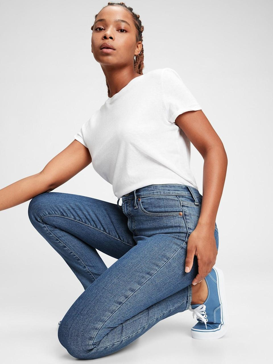 <p>These popular <span>Gap High Rise True Skinny Jeans with Secret Smoothing Pockets</span> ($41, originally $60) are beyond comfortable.</p>