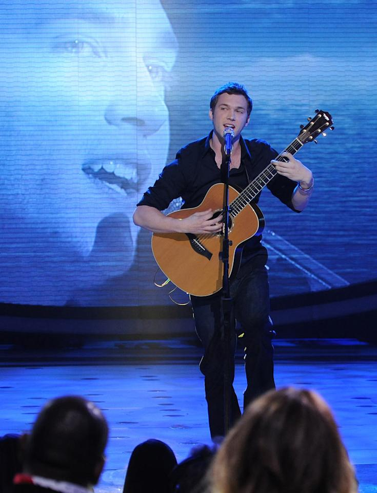 "Phillip Phillips performs ""In the Air Tonight"" by Phil Collins on ""American Idol."""
