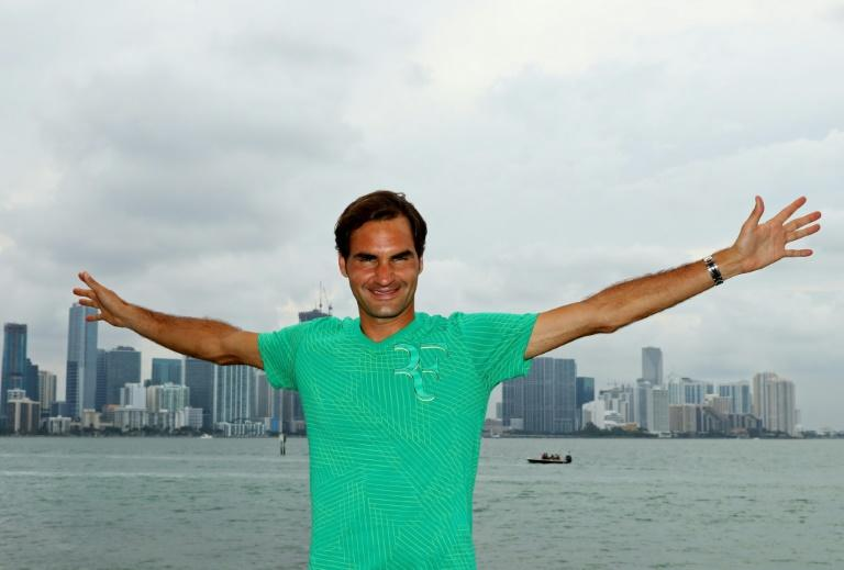 Roger Federer of Switzerland celebrates after defeating Rafael Nadal of Spain to win the Miami Open title, at Crandon Park Tennis Center in Key Biscayne, Florida, on April 2, 2017