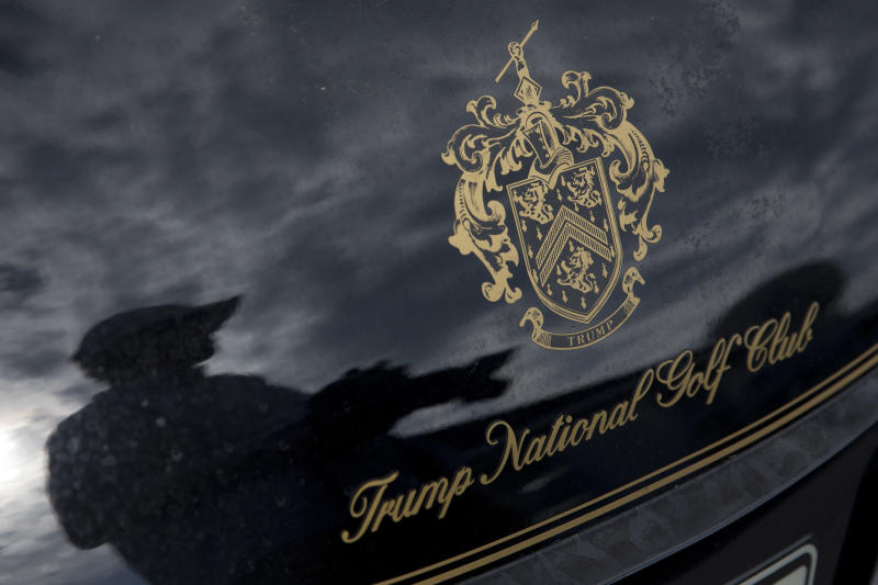 Un club de golf de Trump despide a sus trabajadores indocumentados