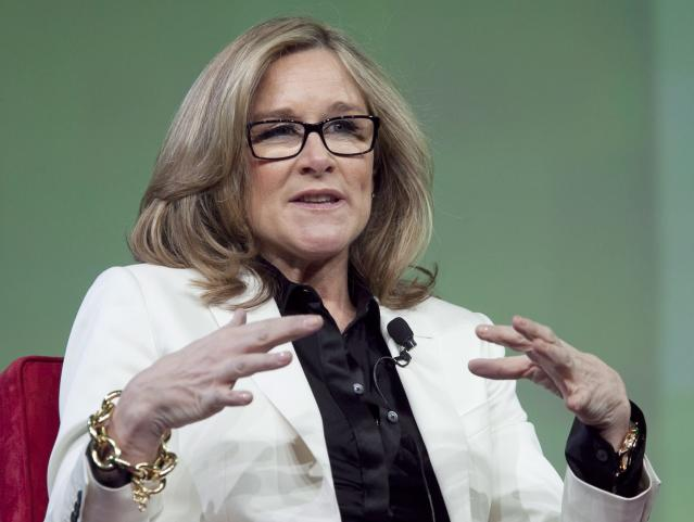 <p>No. 13: Angela Ahrendts, SVP, Retail, Apple<br>The former Burberry head was poached by Tim Cook to join Apple in 2014, and the 51-year-old is responsible for the tech giant's largest store redesign in 15 years, <em>Fortune</em> reports. She's Apple's highest-ranking woman and oversees 60,000 retail employees and shapes the experience of over 1 million daily in-store shoppers.<br>Company Financials (2016, or most recently completed fiscal year)<br>Revenues ($M) 215639<br>Profits ($M) 45687<br>Market Value as of 9/14/17 ($M) 817552.3<br>(Canadian Press) </p>