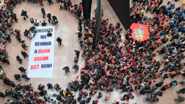 Hundreds Of Students Flood Senate Building To Protest For Dream Act