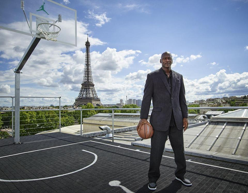 """<p>Michael Jordan started at the University of North Carolina at Chapel Hill in 1981. When he wasn't dunking baskets or studying for his <a href=""""https://nesn.com/2014/01/michael-jordans-college-transcript-reveals-he-took-beginning-tennis-majored-in-geography-now-up-for-auction/"""" rel=""""nofollow noopener"""" target=""""_blank"""" data-ylk=""""slk:degree in geography"""" class=""""link rapid-noclick-resp"""">degree in geography</a>, Jordan could be found at <a href=""""https://oppf.org/about-omega/notable-omegas/"""" rel=""""nofollow noopener"""" target=""""_blank"""" data-ylk=""""slk:his fraternity, Omega Psi Phi"""" class=""""link rapid-noclick-resp"""">his fraternity, Omega Psi Phi</a>. </p>"""