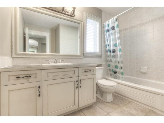 <p><span>299 Rocky Ridge Drive Northwest, Calgary, Alta.</span><br> Here's one of three-and-a-half bathrooms.<br> (Photo: Zoocasa) </p>
