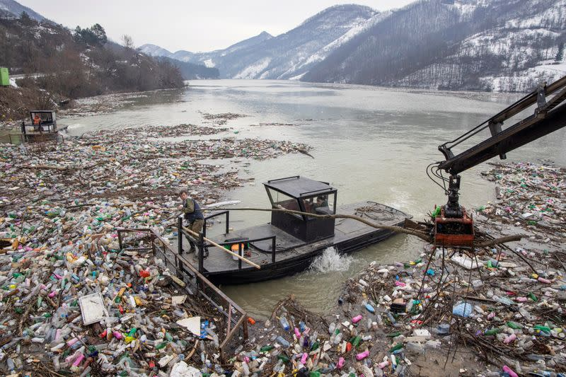 FILE PHOTO: Serbia starts cleanup of its garbage lake