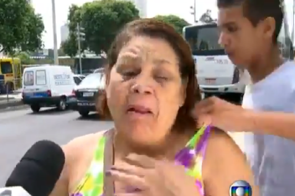 woman-mugged-live-tv-interview-about-crime-brazil