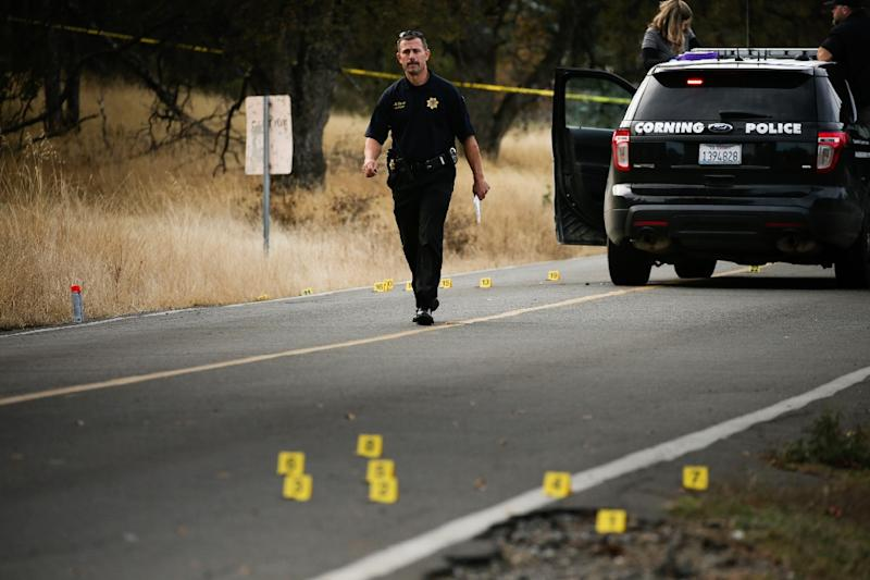 A police officer on the scene of a school shooting in Tehama County, in northern California, on November 14, 2017 (AFP Photo/Elijah Nouvelage)