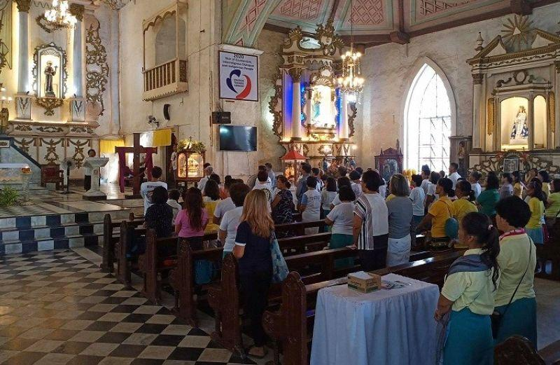 Archdiocese to faithful: Watch livestreamed, televised mass at home