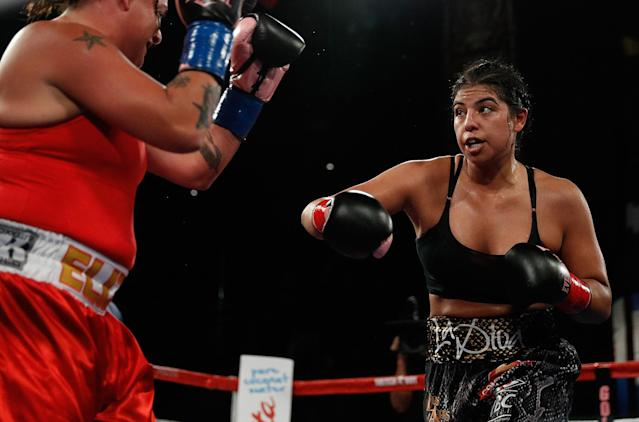 Maricela Cornejo (R) fights Franchon Crews Dezurn tonight at the Hard Rock Hotel in Las Vegas for the WBC super middleweight title. (Getty Images)