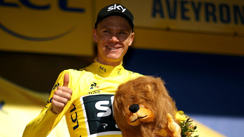 Tour de France: Chris Froome survives scare to retain yellow jersey