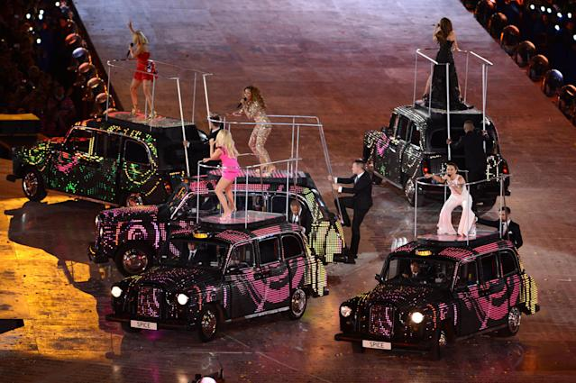 LONDON, ENGLAND - AUGUST 12: (L-R) Geri Haliwell, Emma Bunton, Melanie Chisholm, Victoria Beckham and Melanie Brown of the Spice Girls perform during the Closing Ceremony on Day 16 of the London 2012 Olympic Games at Olympic Stadium on August 12, 2012 in London, England. (Photo by Michael Regan/Getty Images)