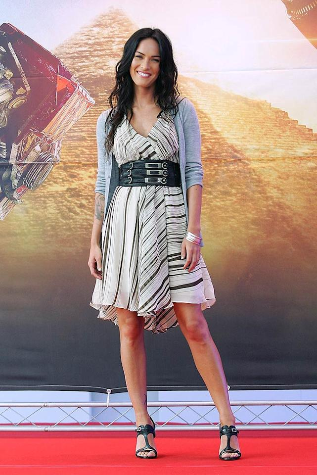 """Megan Fox made headlines this week when she told Esquire that she didn't know how to handle being a sex symbol and then confessed to Entertainment Weekly that she was terrible in her breakthrough role in """"Transformers."""" Hmm ... so does that mean we'll get an unsexy, Oscar-caliber performance when """"Revenge of the Fallen"""" opens on June 24? Chung Sung-Jun/<a href=""""http://www.gettyimages.com/"""" target=""""new"""">GettyImages.com</a> - June 10, 2009"""