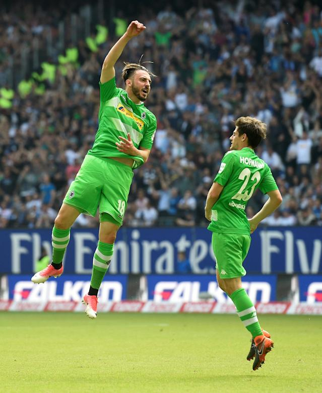 Soccer Football - Bundesliga - Hamburger SV v Borussia Moenchengladbach - Volksparkstadion, Hamburg, Germany - May 12, 2018 Borussia Monchengladbach's Josip Drmic celebrates scoring their first goal with Jonas Hofmann REUTERS/Fabian Bimmer DFL RULES TO LIMIT THE ONLINE USAGE DURING MATCH TIME TO 15 PICTURES PER GAME. IMAGE SEQUENCES TO SIMULATE VIDEO IS NOT ALLOWED AT ANY TIME. FOR FURTHER QUERIES PLEASE CONTACT DFL DIRECTLY AT + 49 69 650050