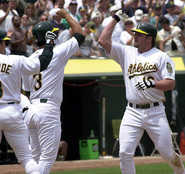 Former A's Giambi, Chavez on Hall of Fame ballot; Bonds on for eighth time