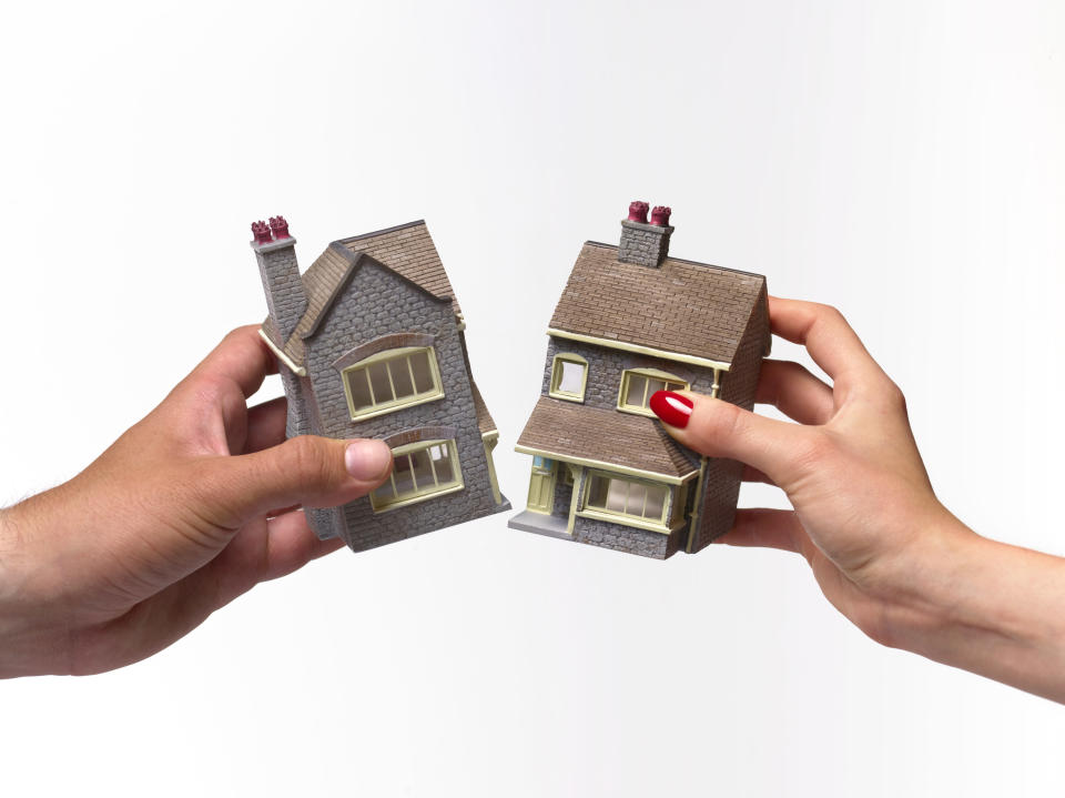 Divorce often means children have to split their time between two homes. [Photo: Getty]