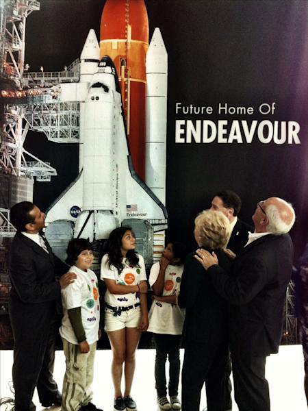 Los Angeles Mayor Antonio Villaraigosa (at left) joined others on May 17, 2012 at the California Science Center to name the new and future home of NASA's space shuttle Endeavour for the late Samuel Oschin, an entrepreneur, explorer and philanth