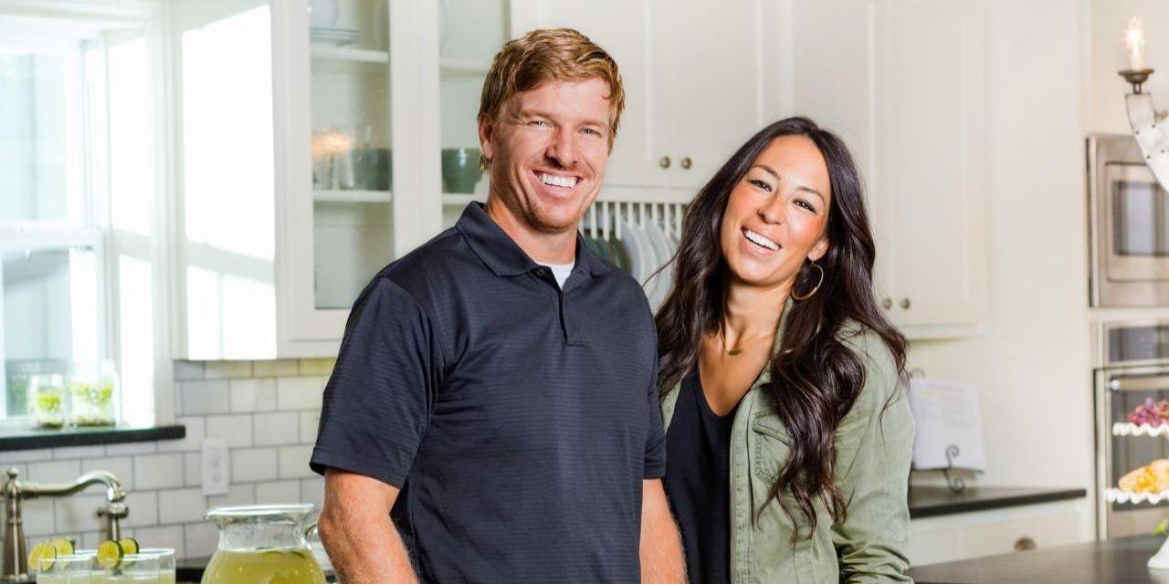 How much do hgtv stars make for How much do chip and joanna gaines make